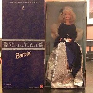 NIB Special Edition Winter Velvet Barbie 1995!